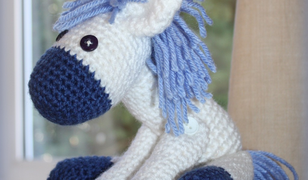 mezzamay_crochet_little_donkey (1)