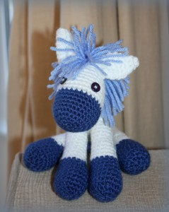mezzamay_crochet_little_donkey (15)